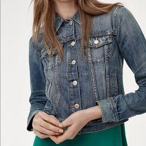 Aritzia   Talula 'Edo' Crop Denim Jacket